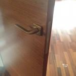 межкомнатная дверь в скрытом коробе